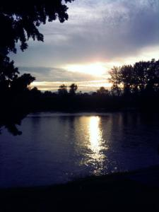 Dusk along the Willamette River